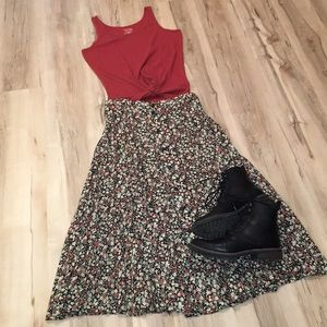 Super 90s floral button front skirt